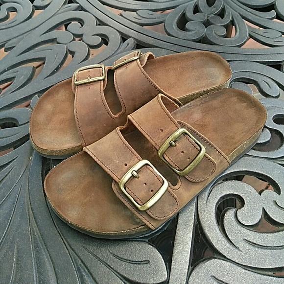 8e284d36d1f White Mountain Brown Leather Helga Sandals 6. M 5b96d182a5d7c6521599045f